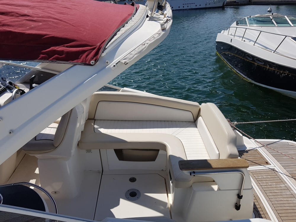 Motor boat for rent Gruissan at the best price