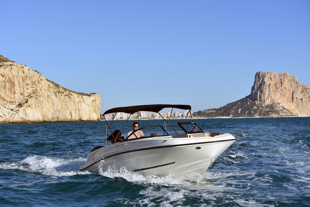 Rental yacht Altea - Bayliner VR6 OB on SamBoat