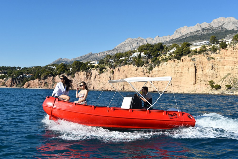 Motor boat for rent Altea at the best price