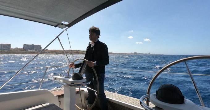 Barca a vela a noleggio Sliema al miglior prezzo