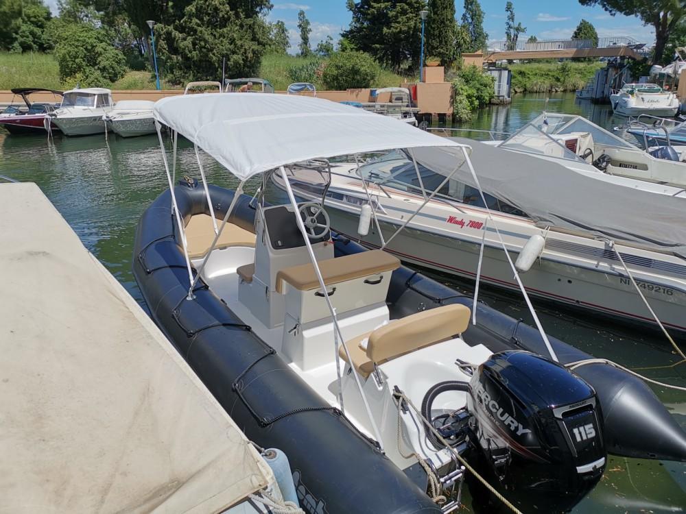 Boat rental Mandelieu-la-Napoule cheap Sunrider 650