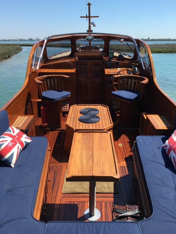 Motorboot te huur in Venetië voor de beste prijs