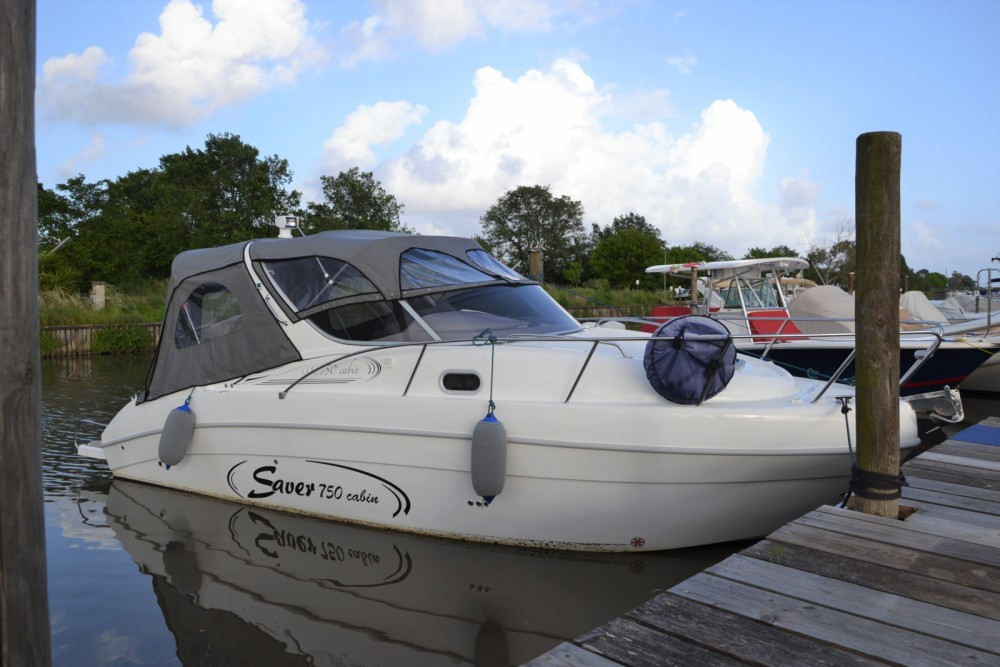 Rental Motor boat Saver with a permit