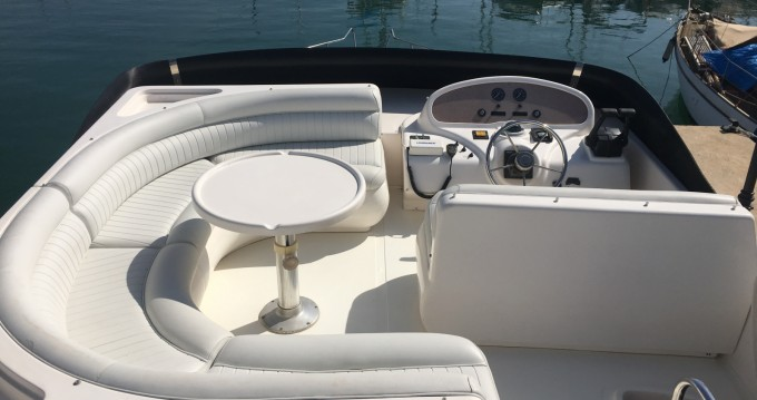 Rental Yacht Doqueve with a permit