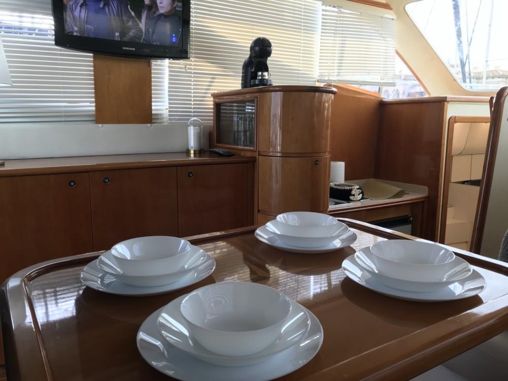 Yacht à louer à Torrevieja au meilleur prix
