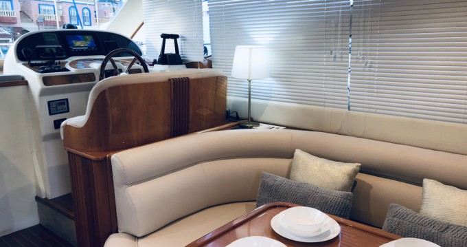 Yacht for rent Torrevieja at the best price