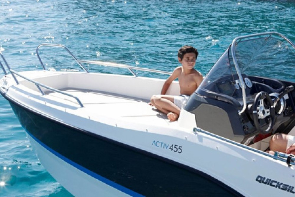 Boat rental Trogir cheap Activ 455 Open
