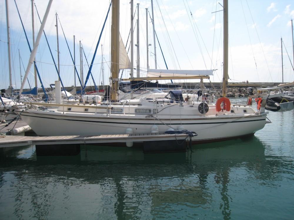 Boat rental Westerly Conway 36 in Palavas-les-Flots on Samboat