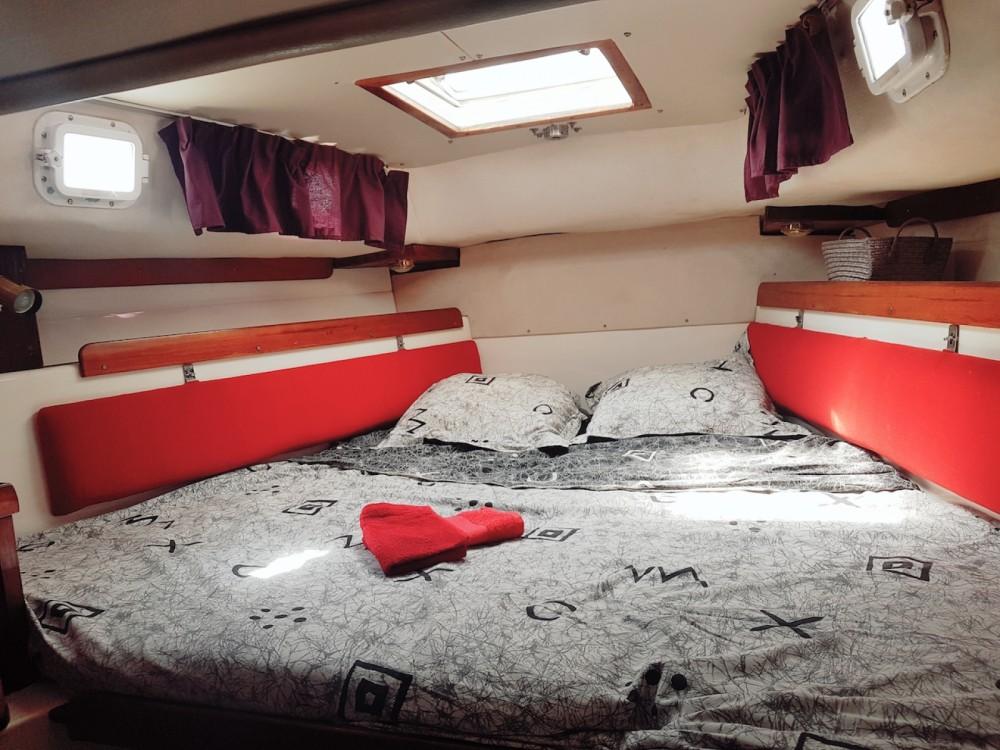 Rental Sailboat in Palavas-les-Flots - Westerly Conway 36