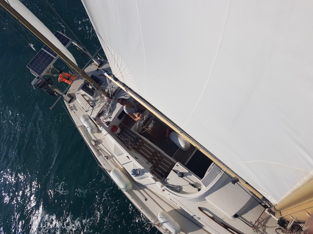 Sailboat for rent Palavas-les-Flots at the best price