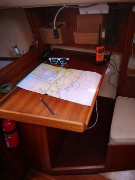 Rental yacht Lorient - Jeanneau Fantasia 27 on SamBoat