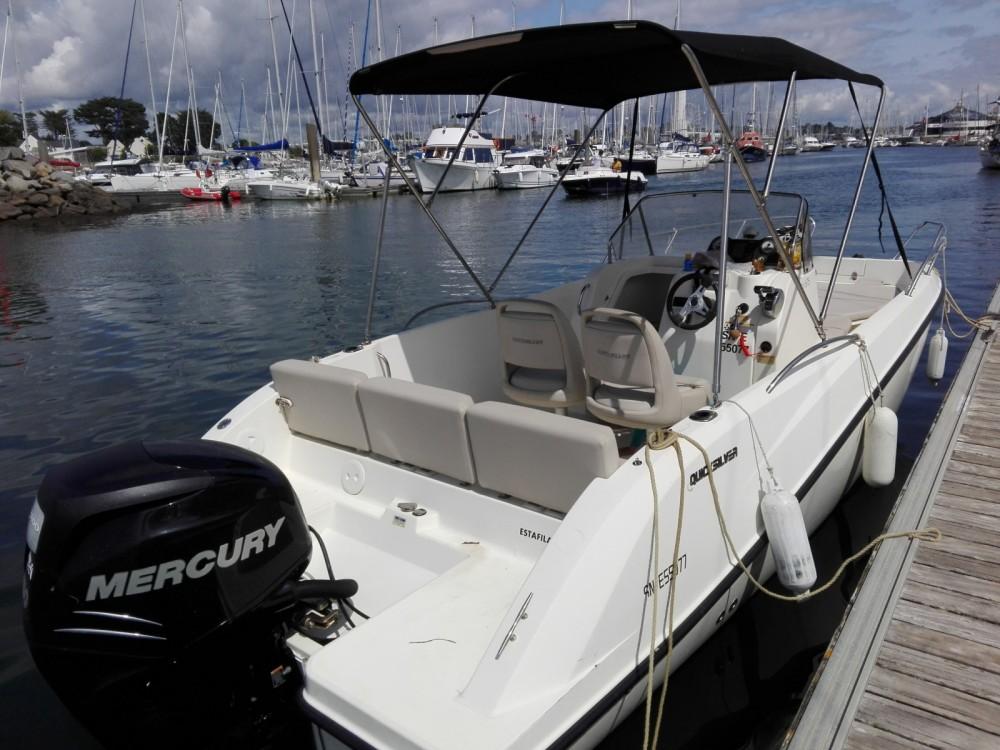 Bateau à moteur à louer à Piriac-sur-Mer au meilleur prix