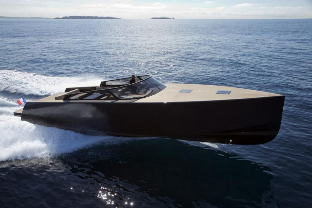 Motor boat for rent Vallauris at the best price