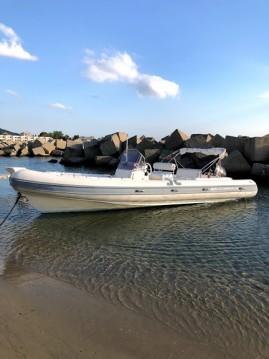 Boat rental Joker Boat Clubman 26 in Reggio di Calabria on Samboat