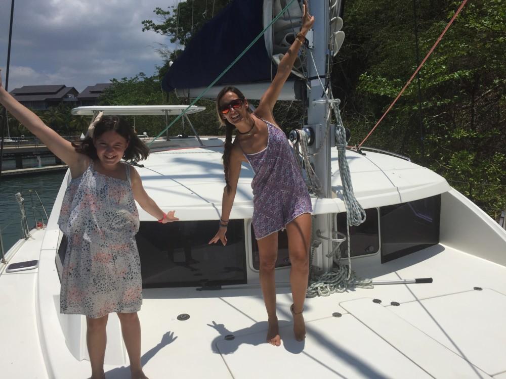 Boat rental Leopard 3900 in Phuket on Samboat