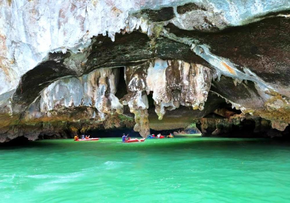 Boat rental Phuket cheap 3900