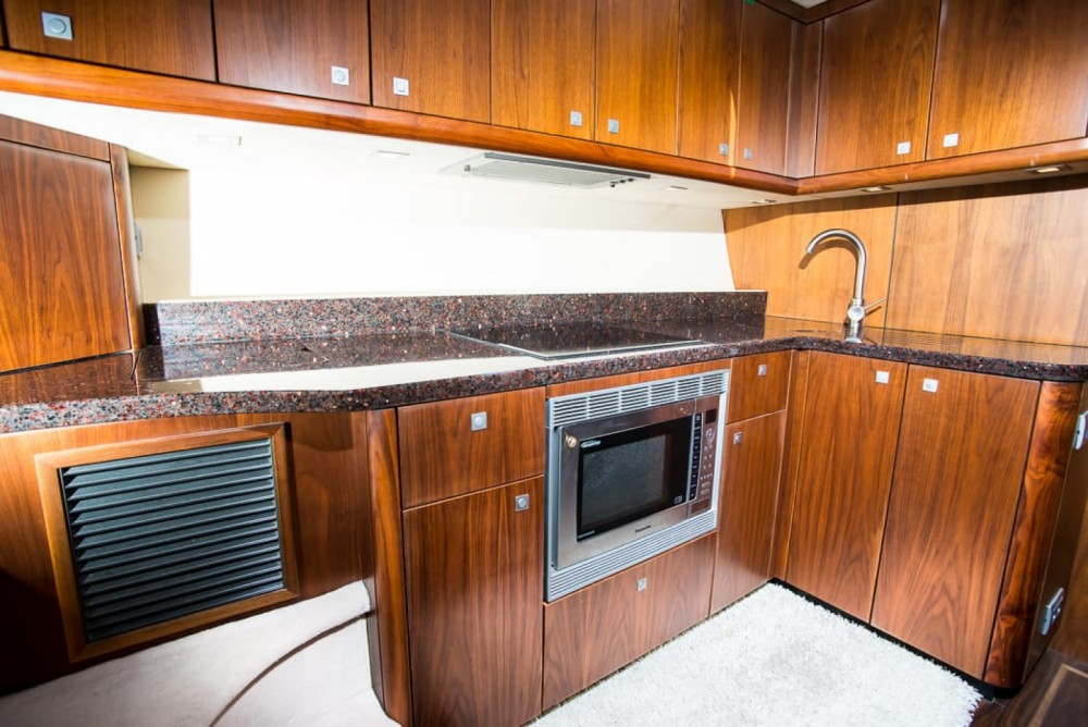 Bootverhuur Sunseeker Manhattan 52 in Split via SamBoat