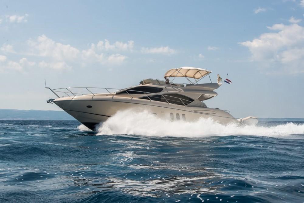 Rental Yacht in Split - Sunseeker Manhattan 52