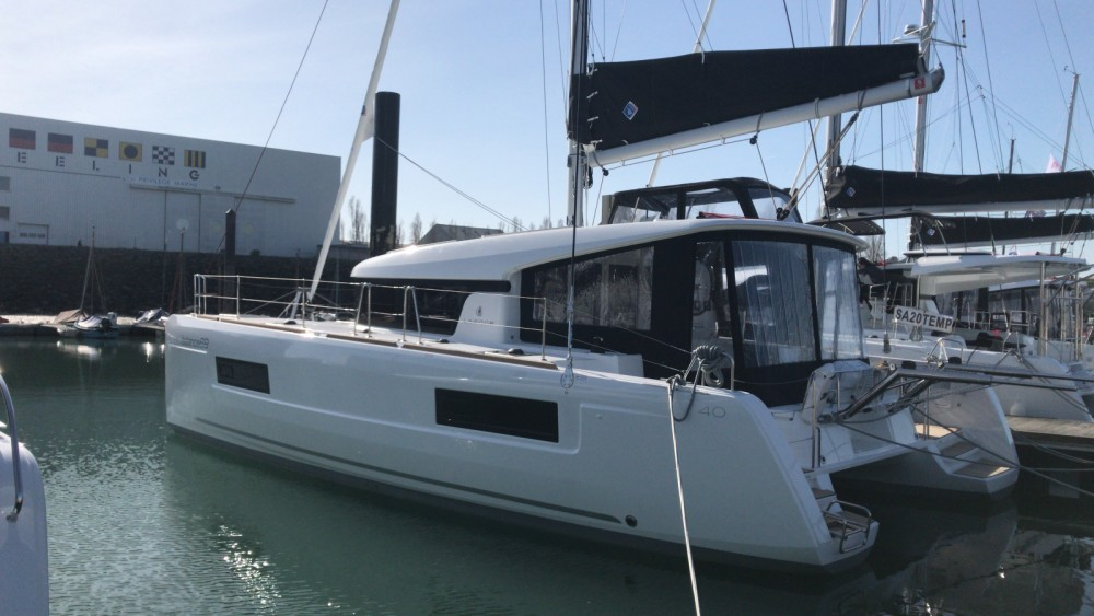 Rental yacht Capo d'Orlando - Lagoon Lagoon 40 on SamBoat
