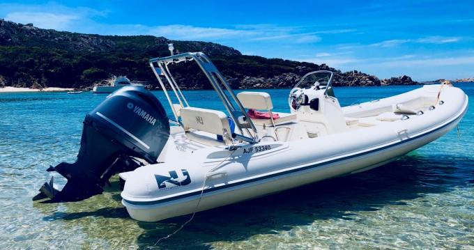 Nuova Jolly Blackfin 21 Elegance entre particuliers et professionnel à Belvédère-Campomoro