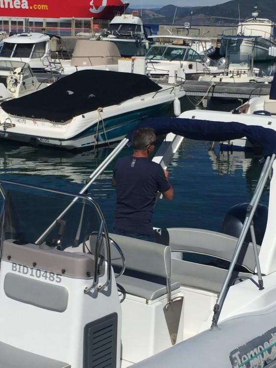 Verhuur Rubberboot in L'Île-Rousse - Capelli Tempest 625
