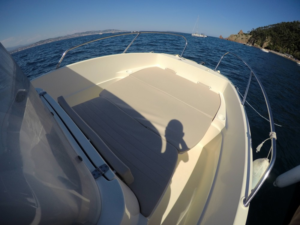 Rental yacht Mandelieu-la-Napoule - Quicksilver Activ 605 Open on SamBoat