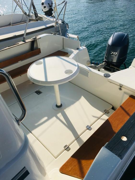 Jeanneau Merry Fisher 610 Cruiser entre particuliers et professionnel à Saint-Cyprien