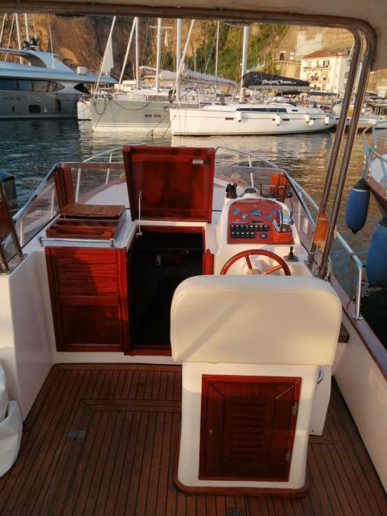 Rental Motor boat Southwind2000 with a permit