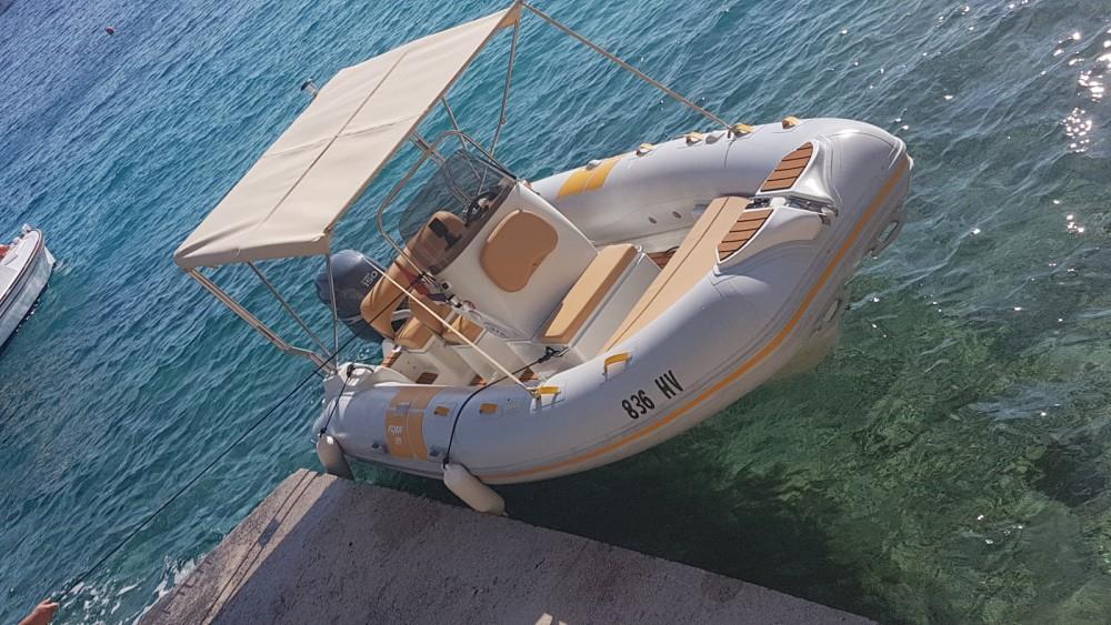 Hire Motor boat with or without skipper Flyer Hvar