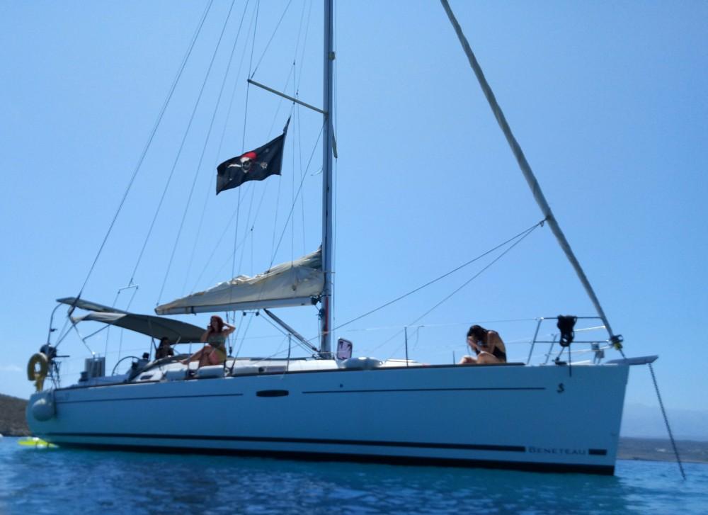 Rental Sailboat in Chania - Bénéteau Oceanis