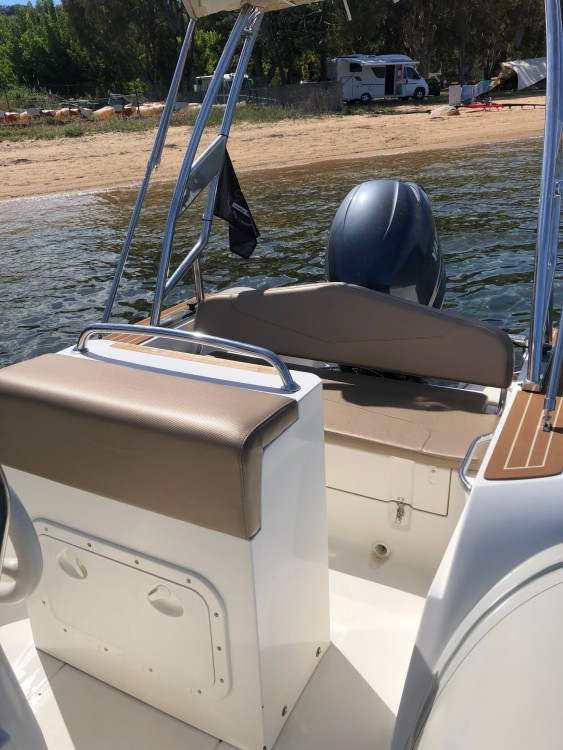 Boat rental Capelli 626 in Porto-Vecchio on Samboat