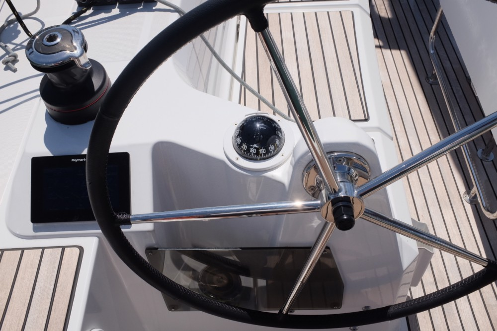 Jeanneau Sun Odyssey 349 between personal and professional Lisbon