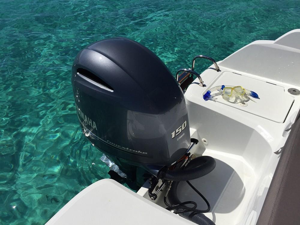 Louez un Jeanneau Cap Camarat 650 à Ibiza