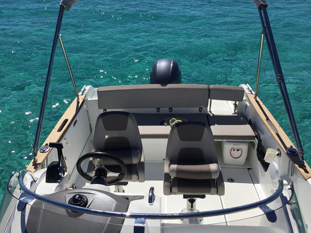 Jeanneau Cap Camarat 650 entre particuliers et professionnel à Ibiza