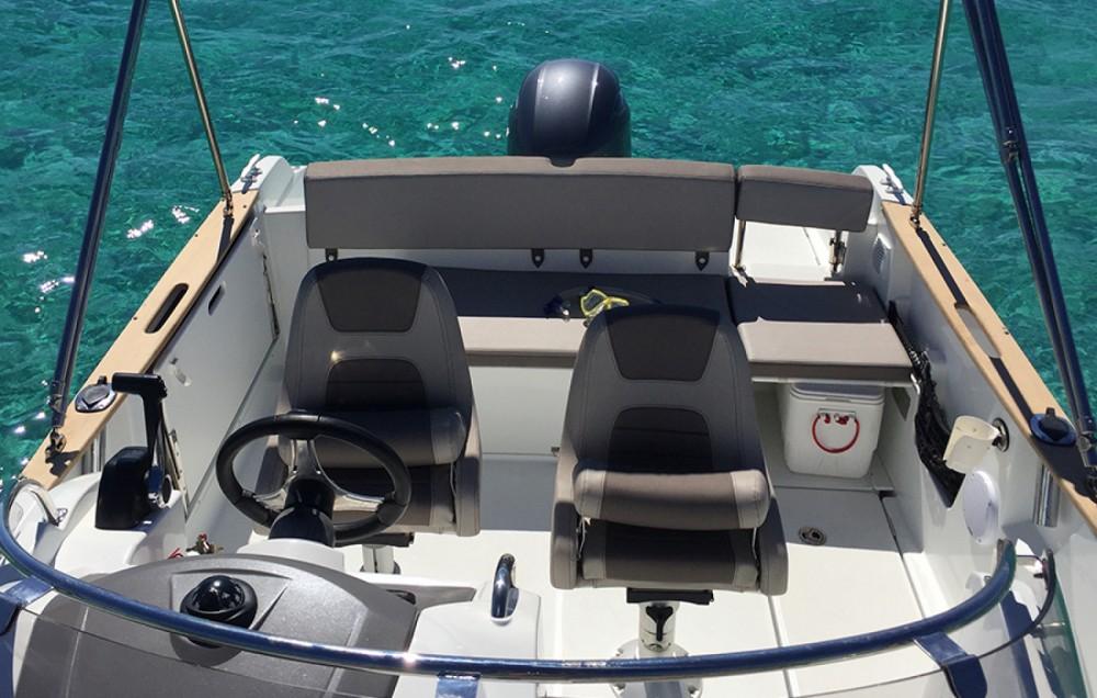 Location bateau Jeanneau Cap Camarat 650 à Ibiza sur Samboat