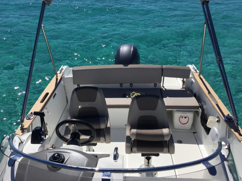 Location bateau Ibiza pas cher Cap Camarat 650