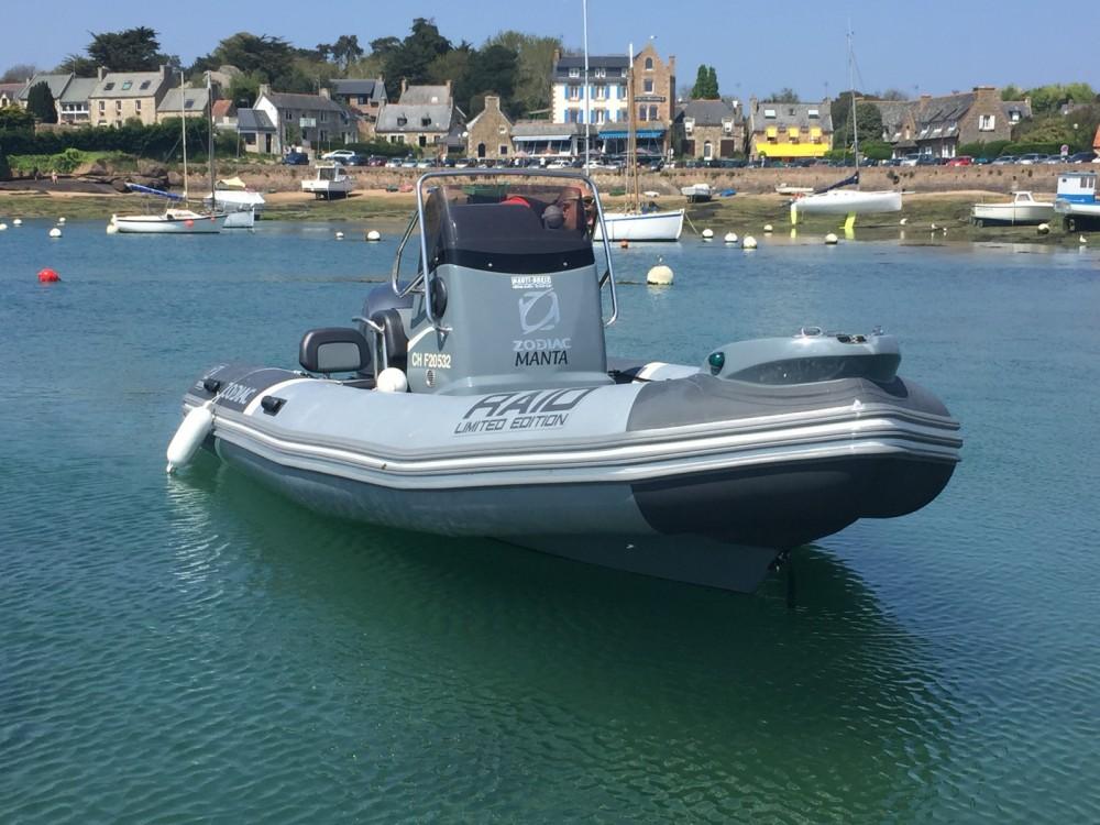 Location bateau Quiberon pas cher Pro Open 550 Raid Edition