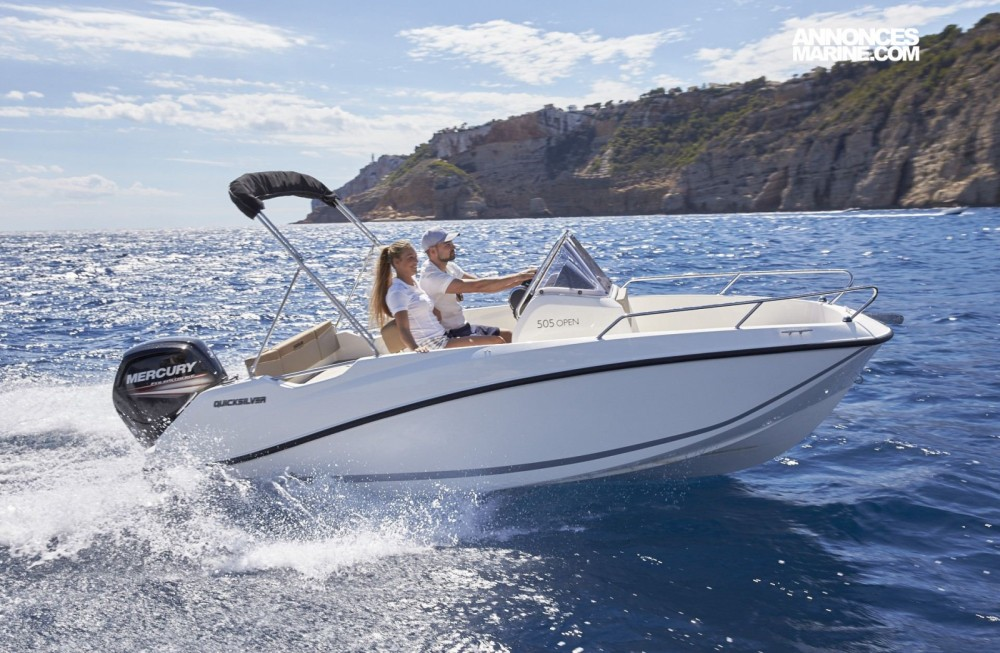 Boat rental Quicksilver Activ 505 Open in Marseille on Samboat