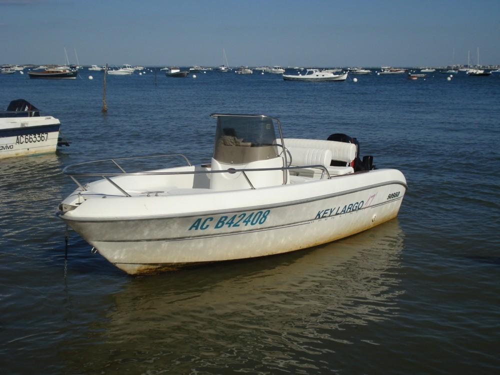 Location bateau Lège-Cap-Ferret pas cher Key Largo 17