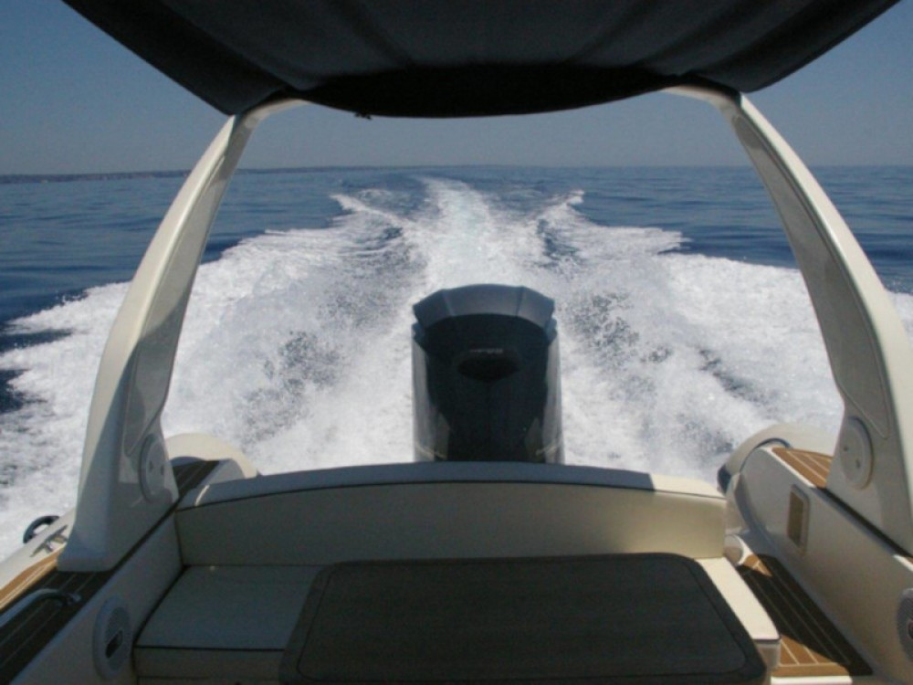 Rental Motor boat Cantiere with a permit