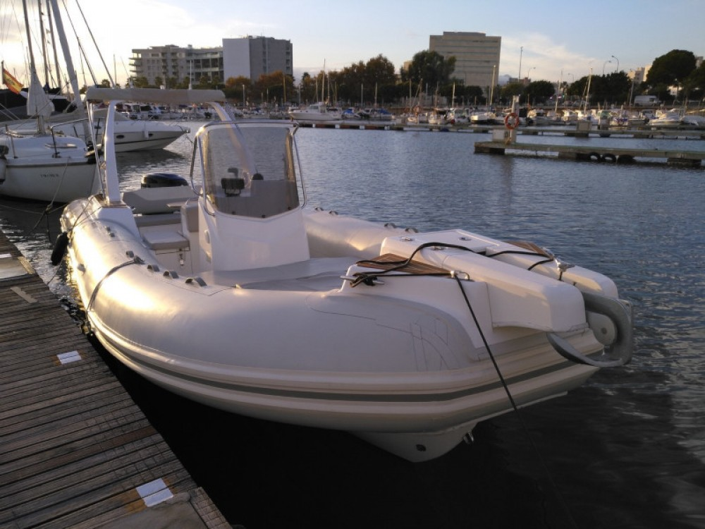 Hire Motor boat with or without skipper Cantiere Palma