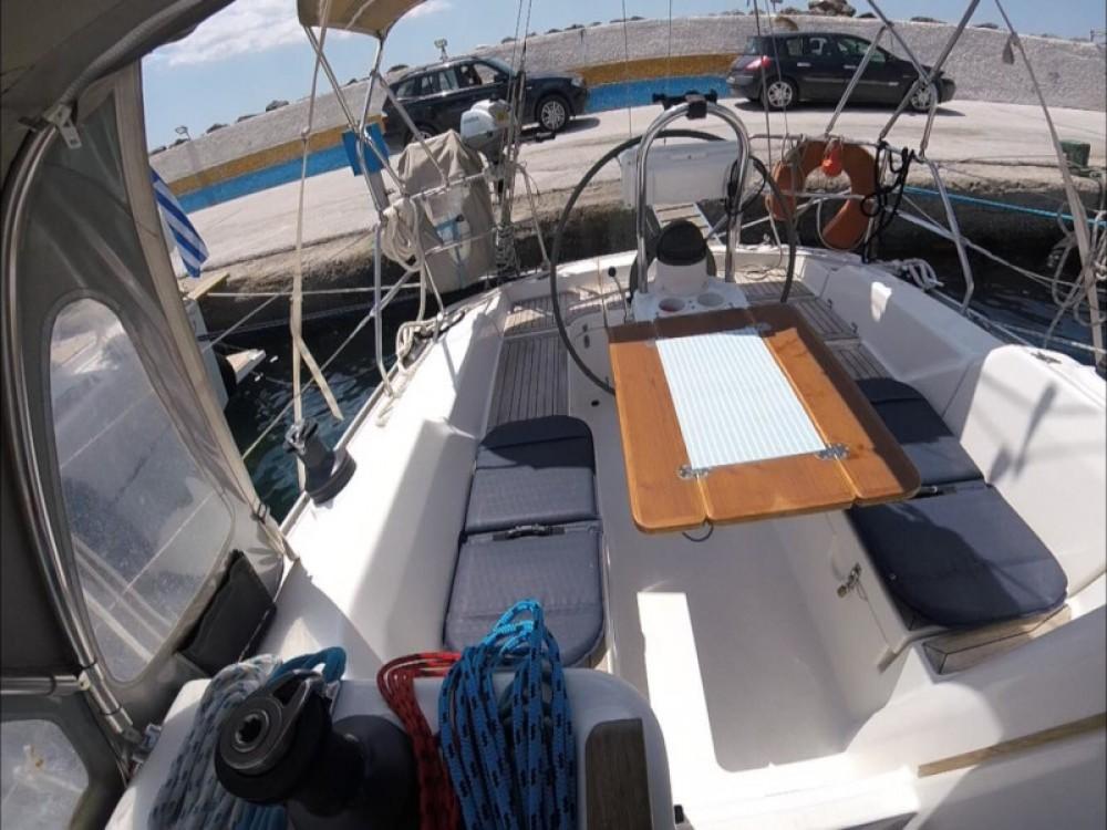 Rental yacht Kassándreia - Hanse Hanse 342 on SamBoat