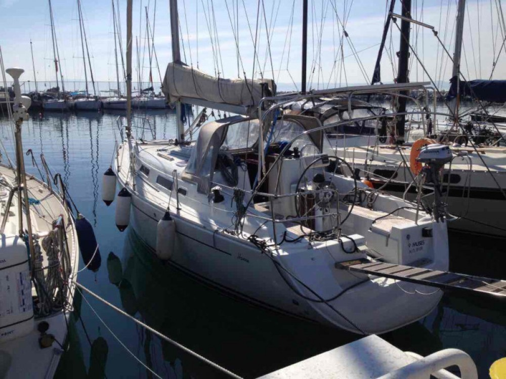 Sailboat for rent Kassándreia at the best price
