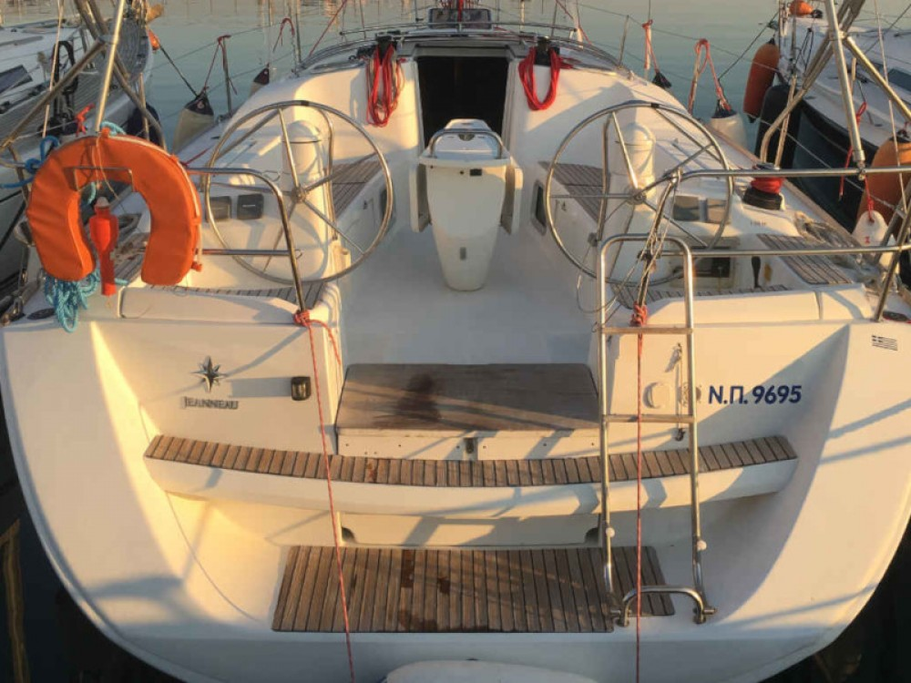 Rental Sailboat in Nikiana - Jeanneau Sun Odyssey 39i