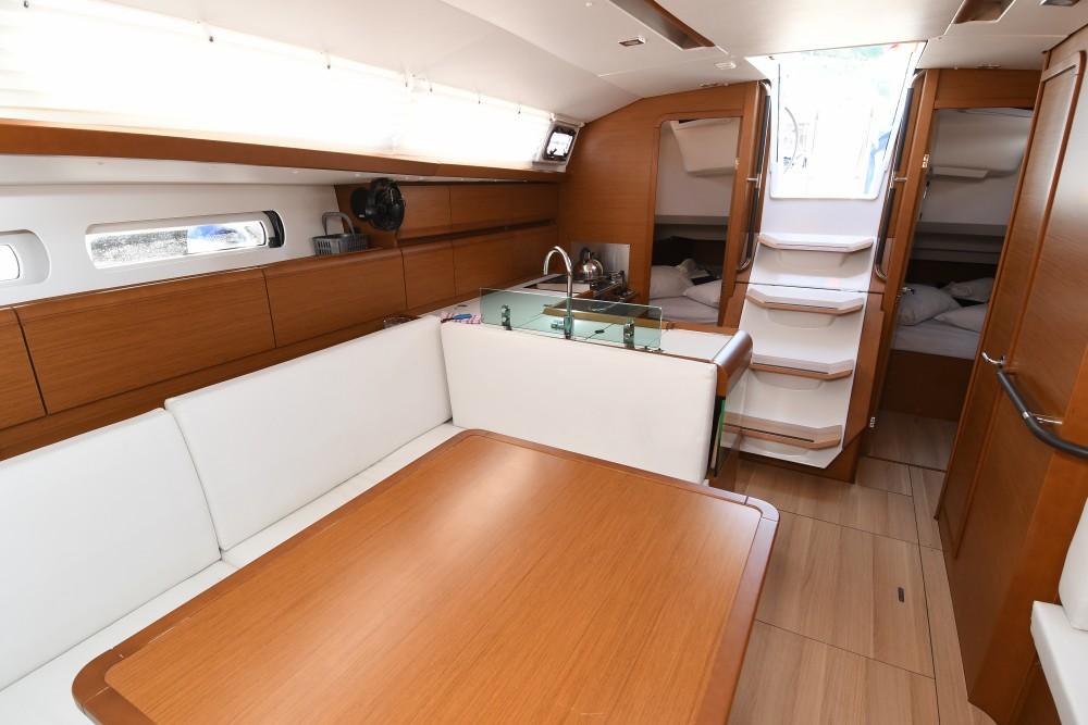 Rental yacht ACI Marina Dubrovnik - Jeanneau Sun Odyssey 419 on SamBoat