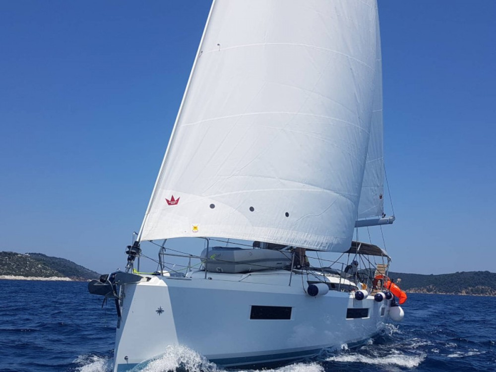Boat rental Volos cheap Sun Odyssey 440
