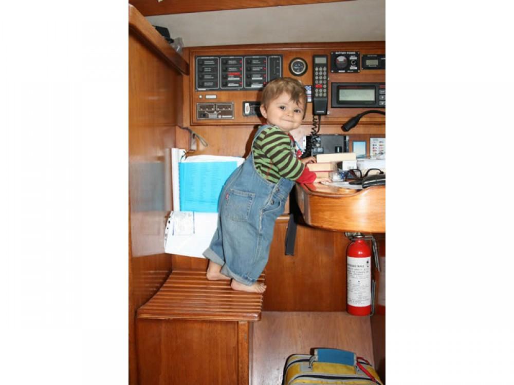 Boat rental Volos cheap Sun Odyssey 33