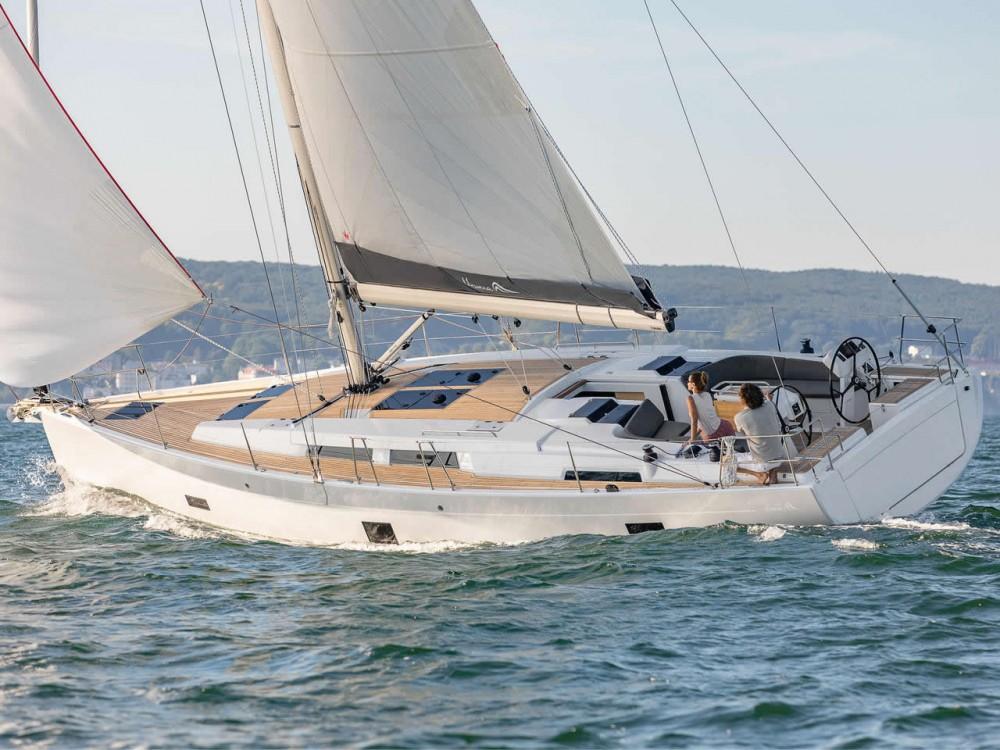 Boat rental Marina de Alimos cheap Hanse 458