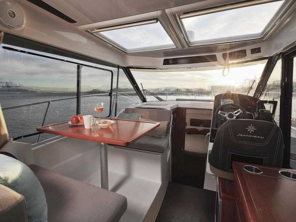 Rental yacht ACI Marina Split - Jeanneau Jeanneau Merry Fisher 895 on SamBoat
