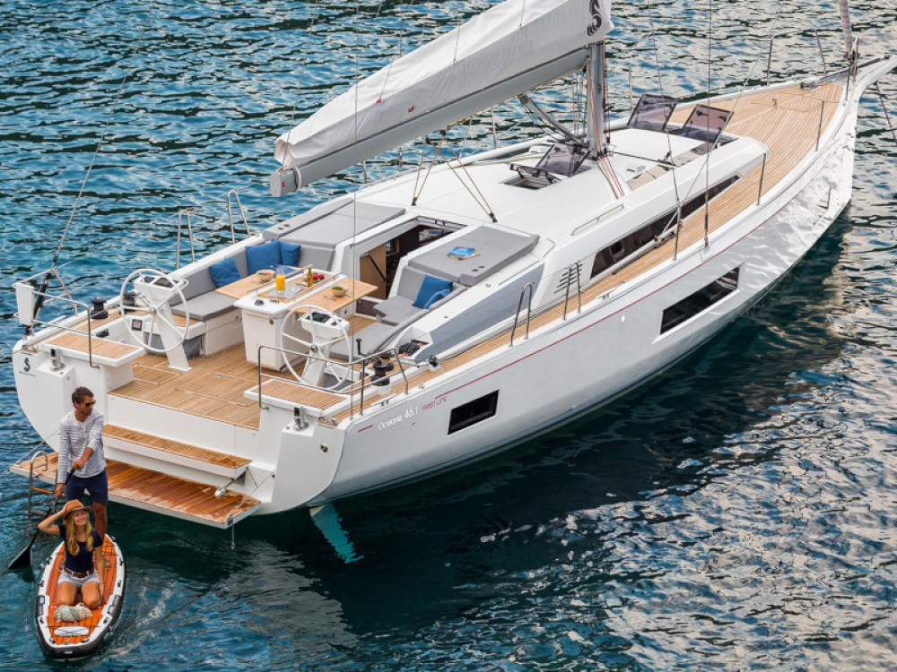 Bénéteau Oceanis 46.1 with A/C between personal and professional Zadar